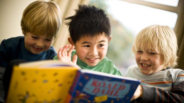 سن مناسب آموزش زبان انگلیسی به کودکان